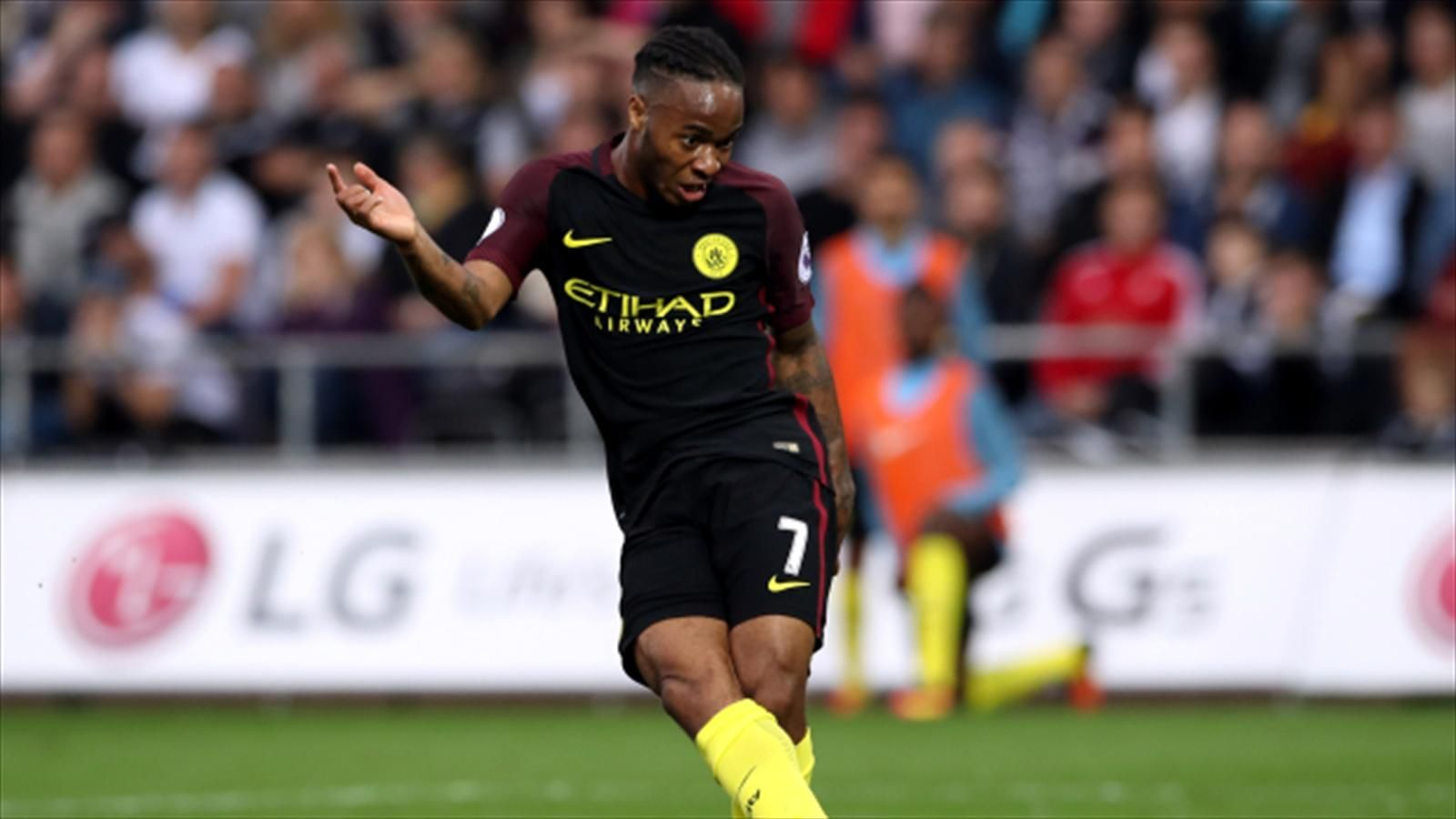 Raheem Sterling steeled for a tough month ahead for Manchester City - Eurosport.com ASIA