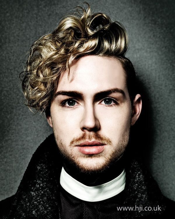 2014-mens-blonde-modern-tousled-curls