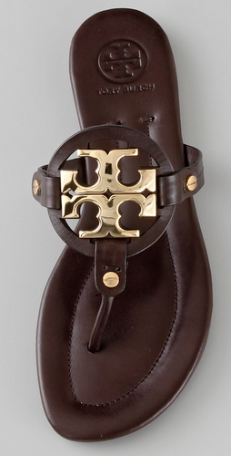 c9df4377c81e56 looking for the perfect pair of tory burch sandals
