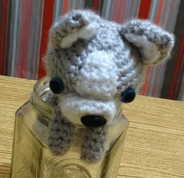 Baby wolf or baby husky? Free pattern   amigurumi dogs   Pinterest ...