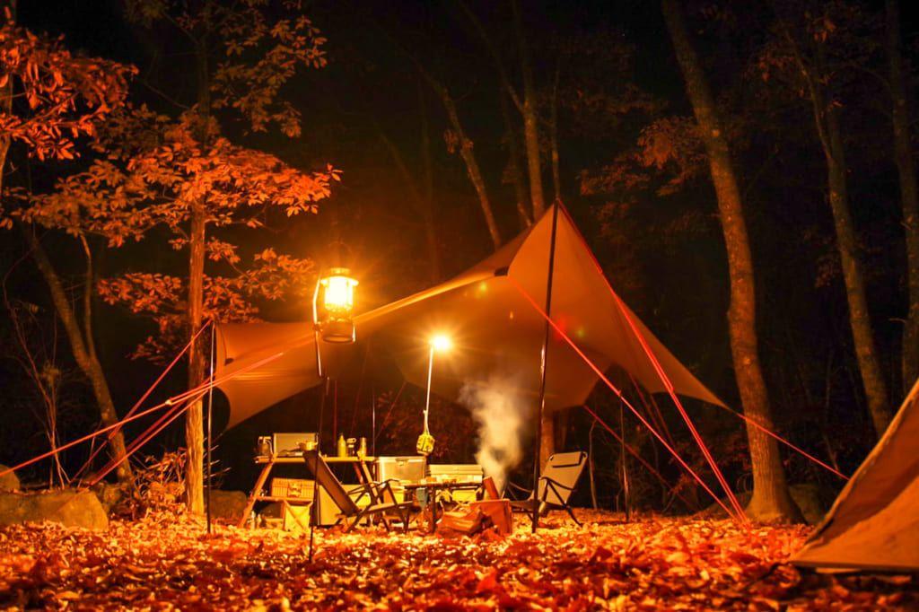 紅葉が映える秋が狙い目 日本庭園のように美しい南アルプス三景園オートキャンプ場 紅葉 オートキャンプ場 南アルプス