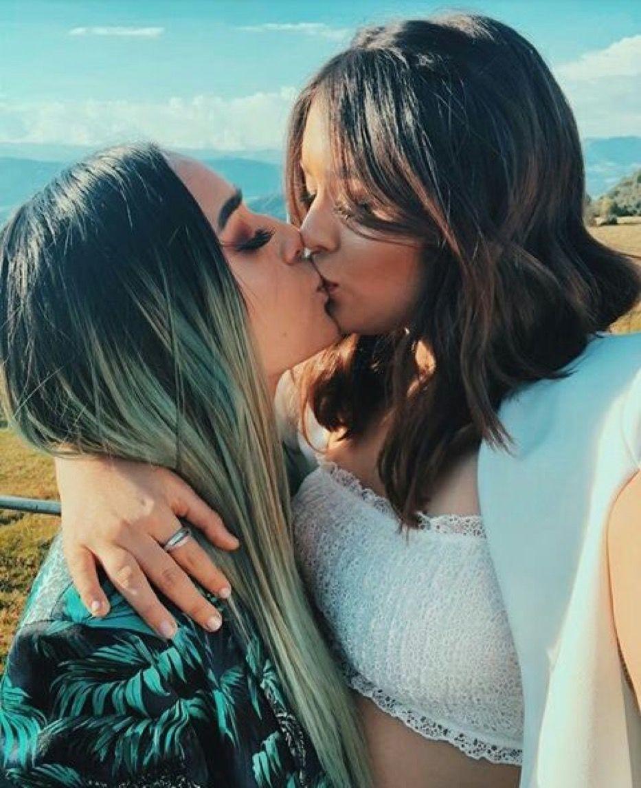 Hallmark channel pulls zola wedding ad showing lesbian couple kissing
