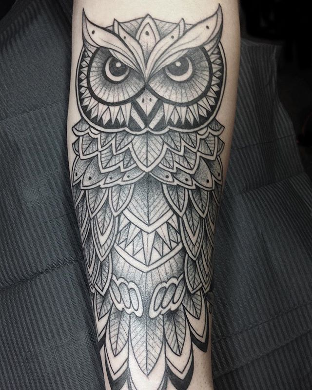 "7dba371bf Shall Adore Tattoo on Instagram: ""Geometric Owl by @nikkilollytattoo  #shalladoretattoo #londontattoo #eastlondon #shoreditch #owltattoo # geometrictattoo ..."
