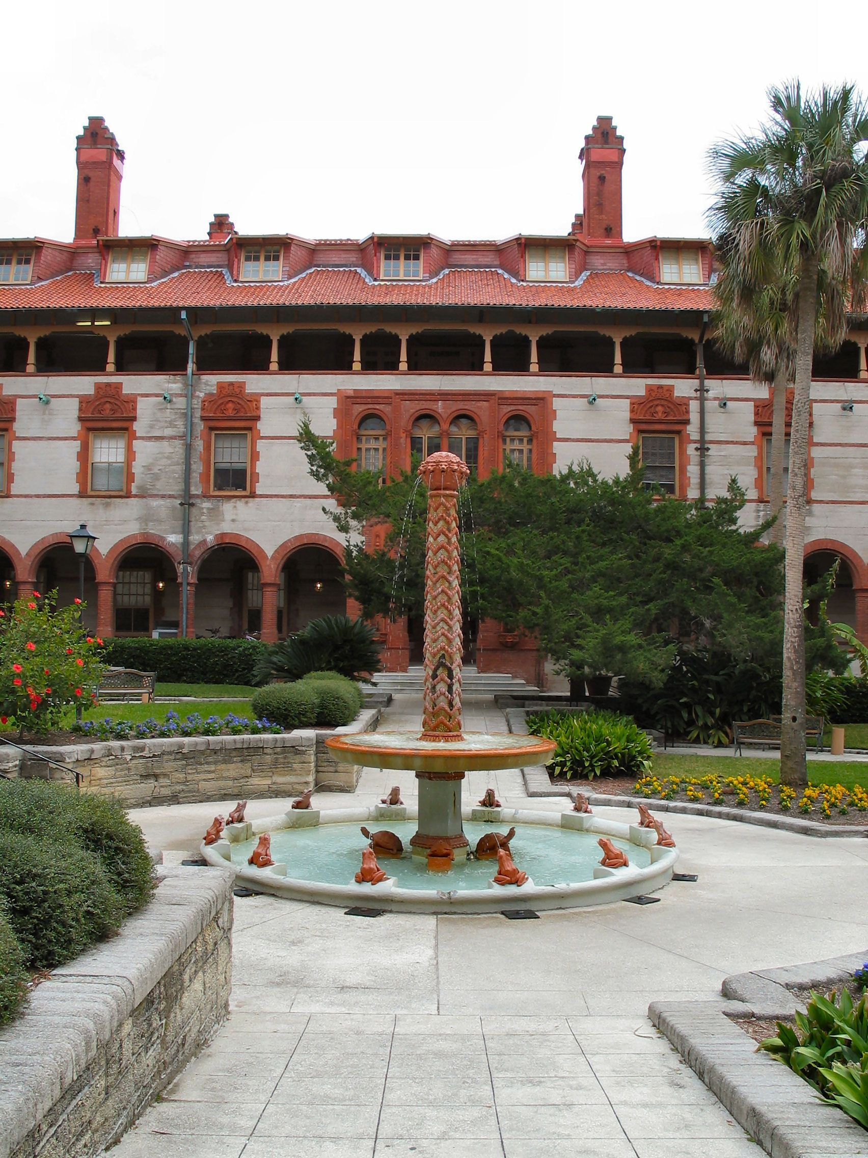 Flagler College Trip To Halloween Horror Nights 2020 Flagler College Fountain | House styles, Flagler, Florida