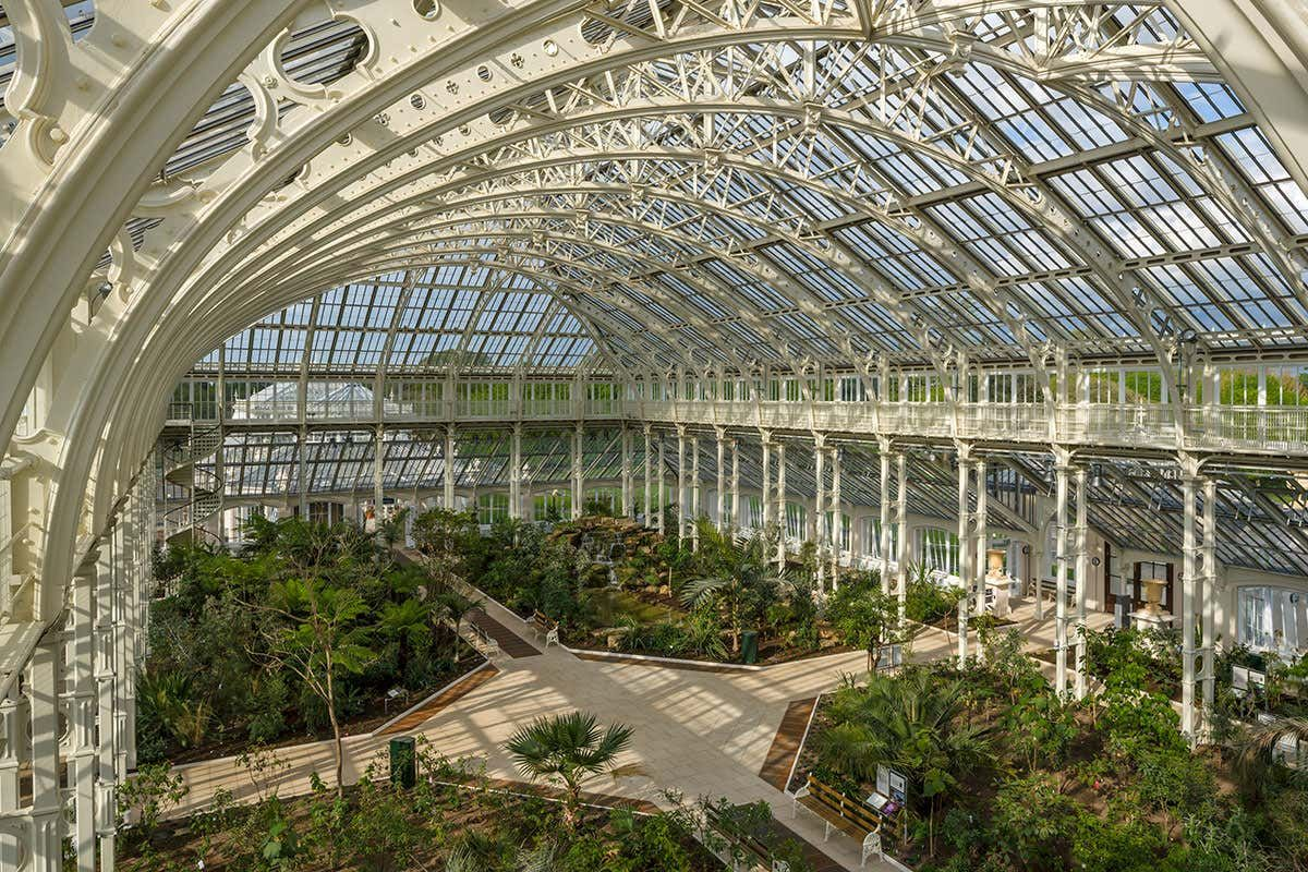 Where Is Kew Gardens London Located