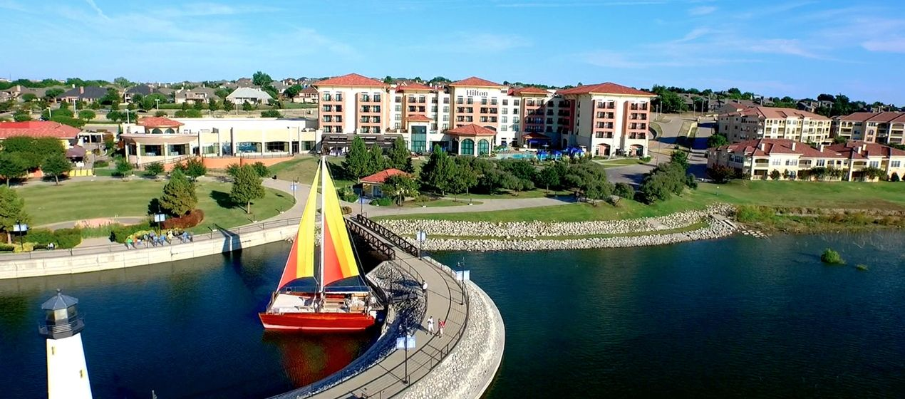 Rockwall, TX Hotels- Hilton Lakefront on Lake Ray Hubbard | TRAVEL ...