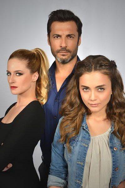 War Of Roses Gullerin Savasi Actresses Musical Movies Turkish Beauty