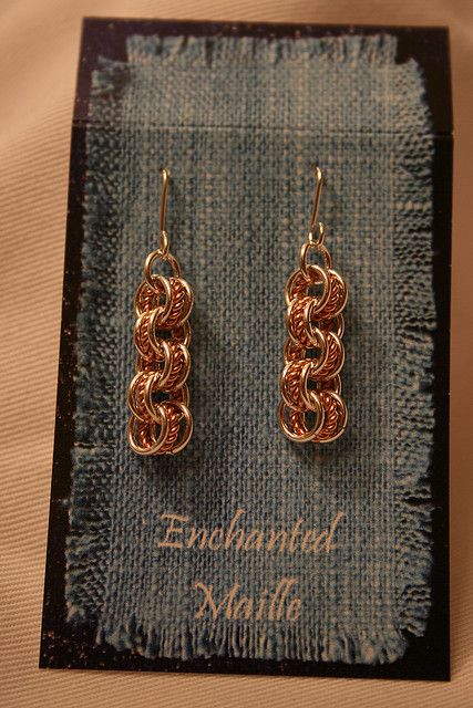 3 in 3 with a twisty by Debbie Foster - Journey into Silver. Love the twisty in the middle!