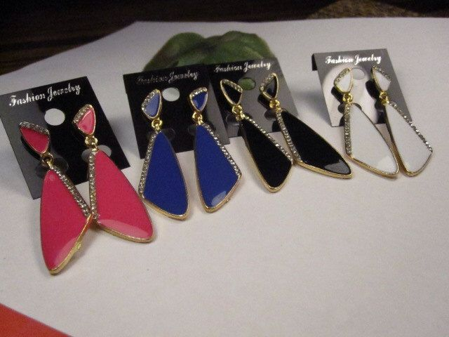 40% discount/Fashion earrings, enameled  gold, dangle 4 colors available./cheap/affordable/ discount by Jevifashion on Etsy https://www.etsy.com/listing/182382403/40-discountfashion-earrings-enameled