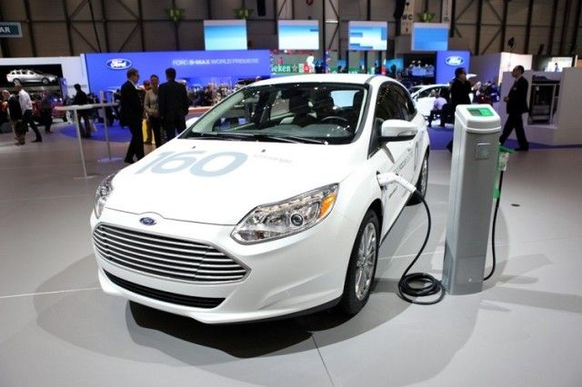 The 2016 Ford Focus Electric Is New Design Of One Most Por Motor Company Automobiles That Debuted In 2017 Since Then This
