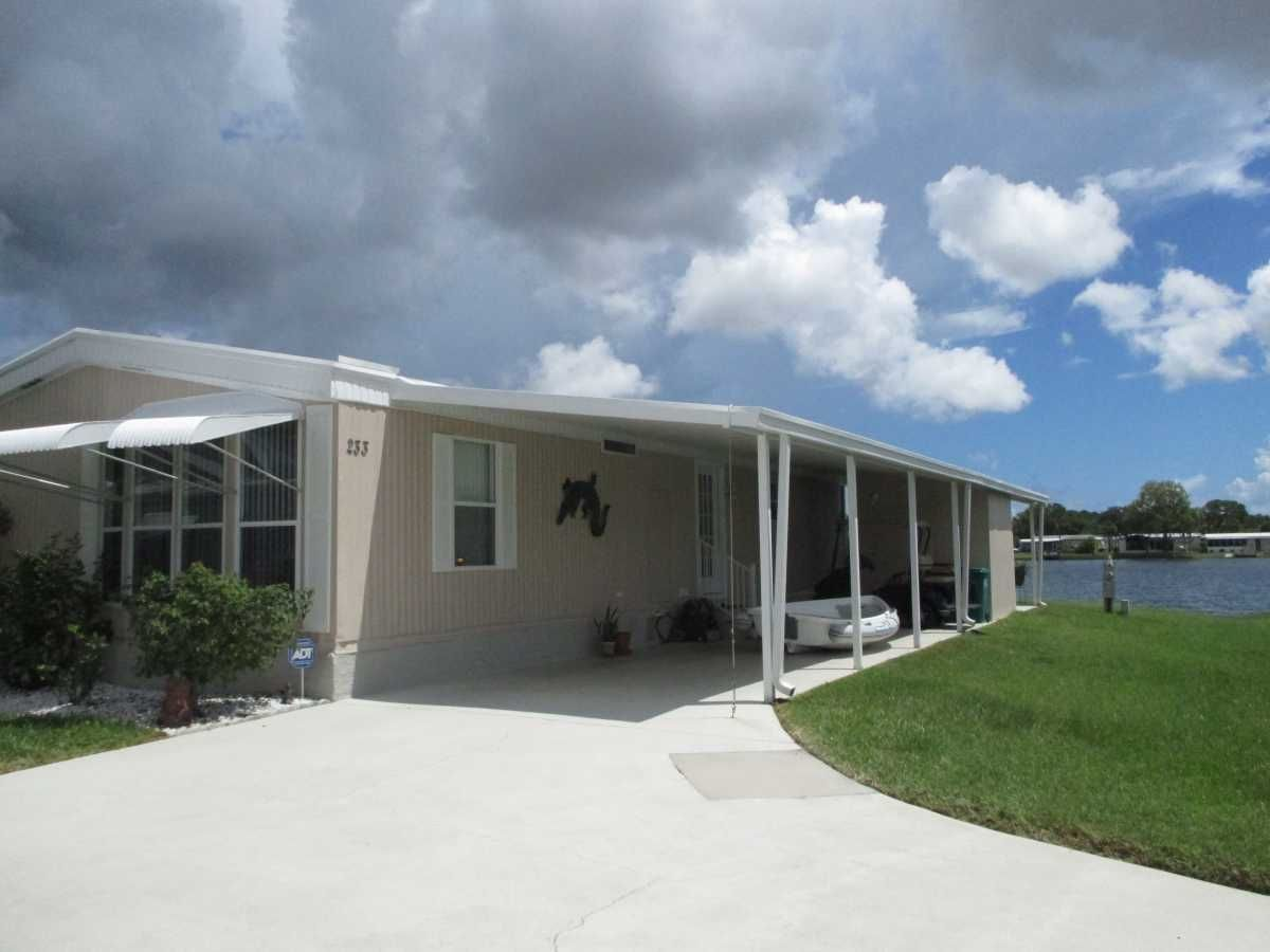 Schu Manufactured Home For Sale In Melbourne Fl Manufactured Homes For Sale Mobile Homes For Sale Manufactured Home