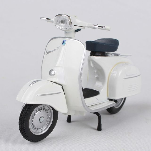 US $13.67 19% OFF|Maisto 1:18 vespa 125 gt 1966 white motorcycle diecast old motorcycle model women motorbike shape as gift for car fans 05082-in Diecasts & Toy Vehicles from Toys & Hobbies on AliExpress