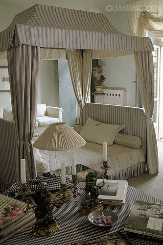 Stylish Striped Canopy Bed In Center Of Room Elegant Bedroom