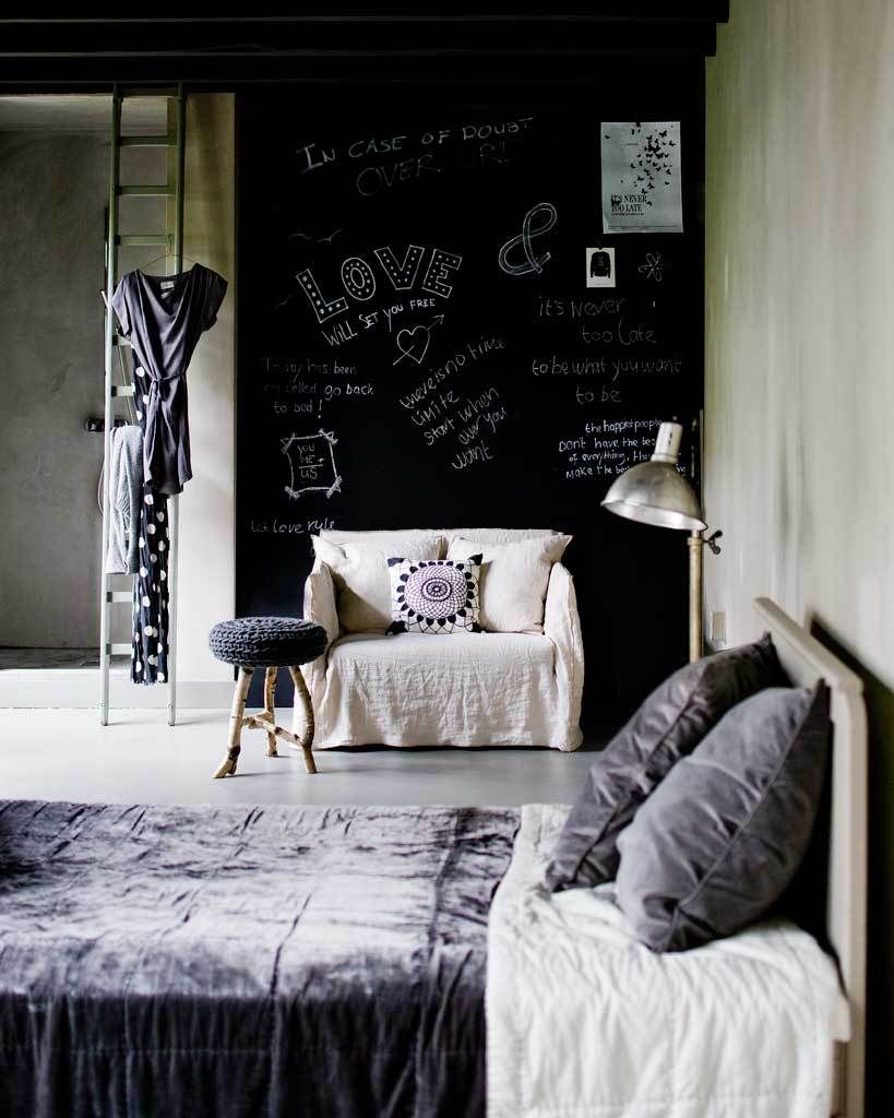 blackboard wall, concrete, great textiles and texture - vtwonen