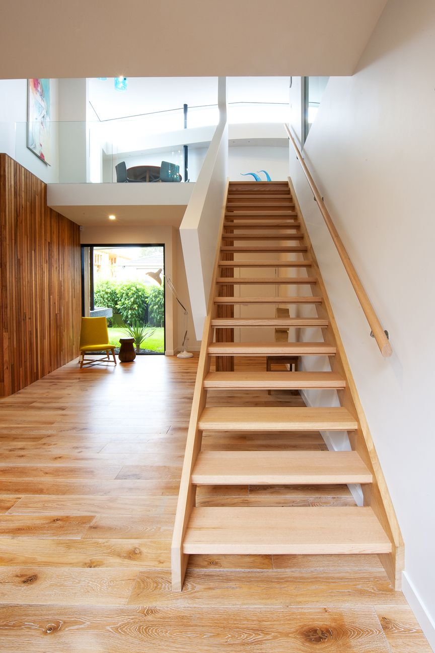 a65c68c8ec64b932e41705aa58820269 - 47+ Simple Stair Design For Small House Images