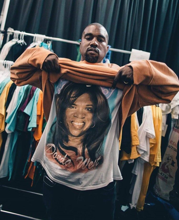 Pin By Jake Moore On Wallpapers Kanye West Kanye West Songs Kanye West Wallpaper