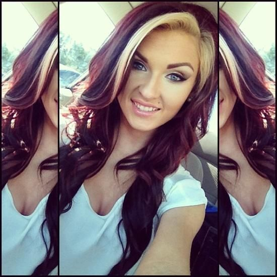 Dark Red Hair Blonde Streak Yaaa I Like This Color And The Streak Maybeeeee This Is It Hair Styles Blonde Streaks Long Hair Styles