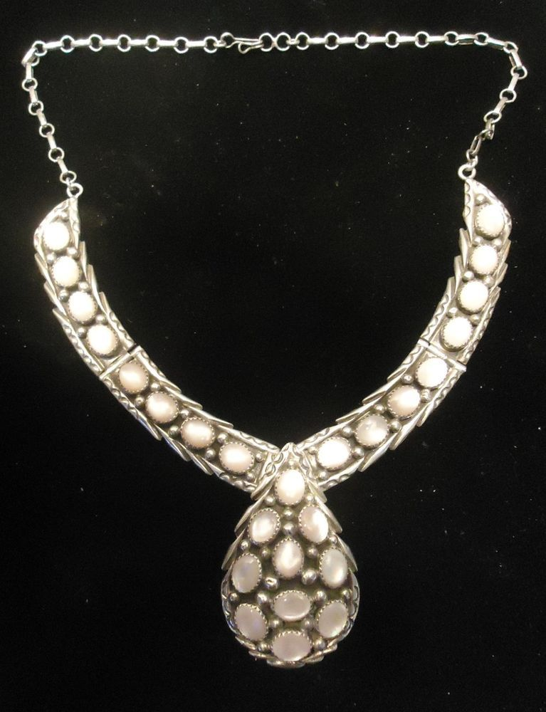 Southwest Navajo Thomas Tso Sterling Mother of Pearl Necklace Blossom
