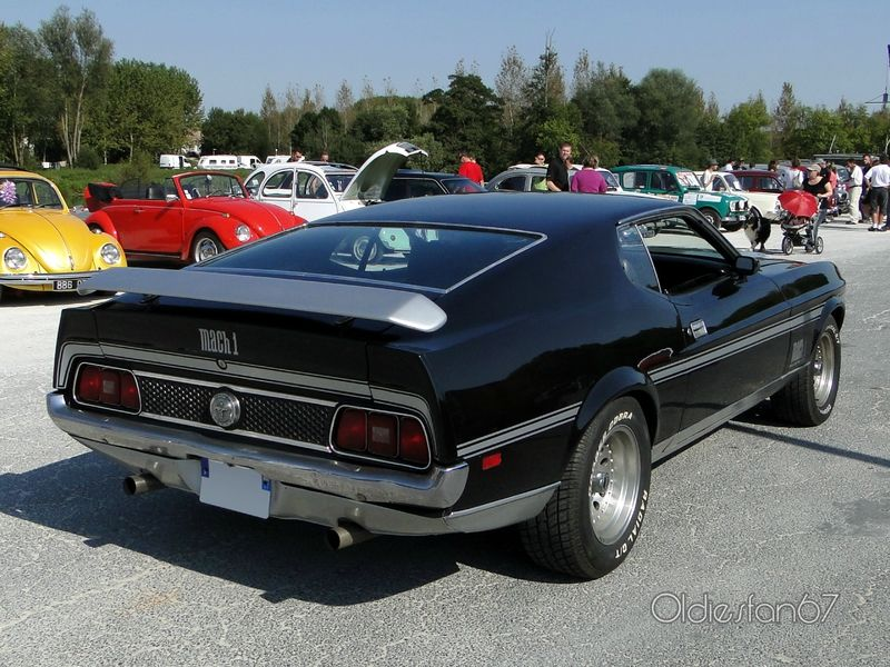 ford-mustang-mach1-fastback-coupe-1972-b