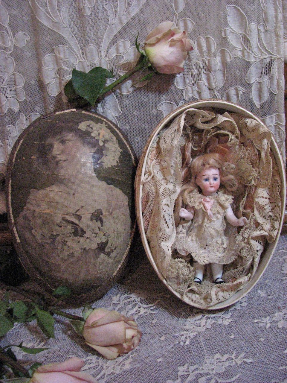 <3 c. 1900 bisque doll in Easter egg <3
