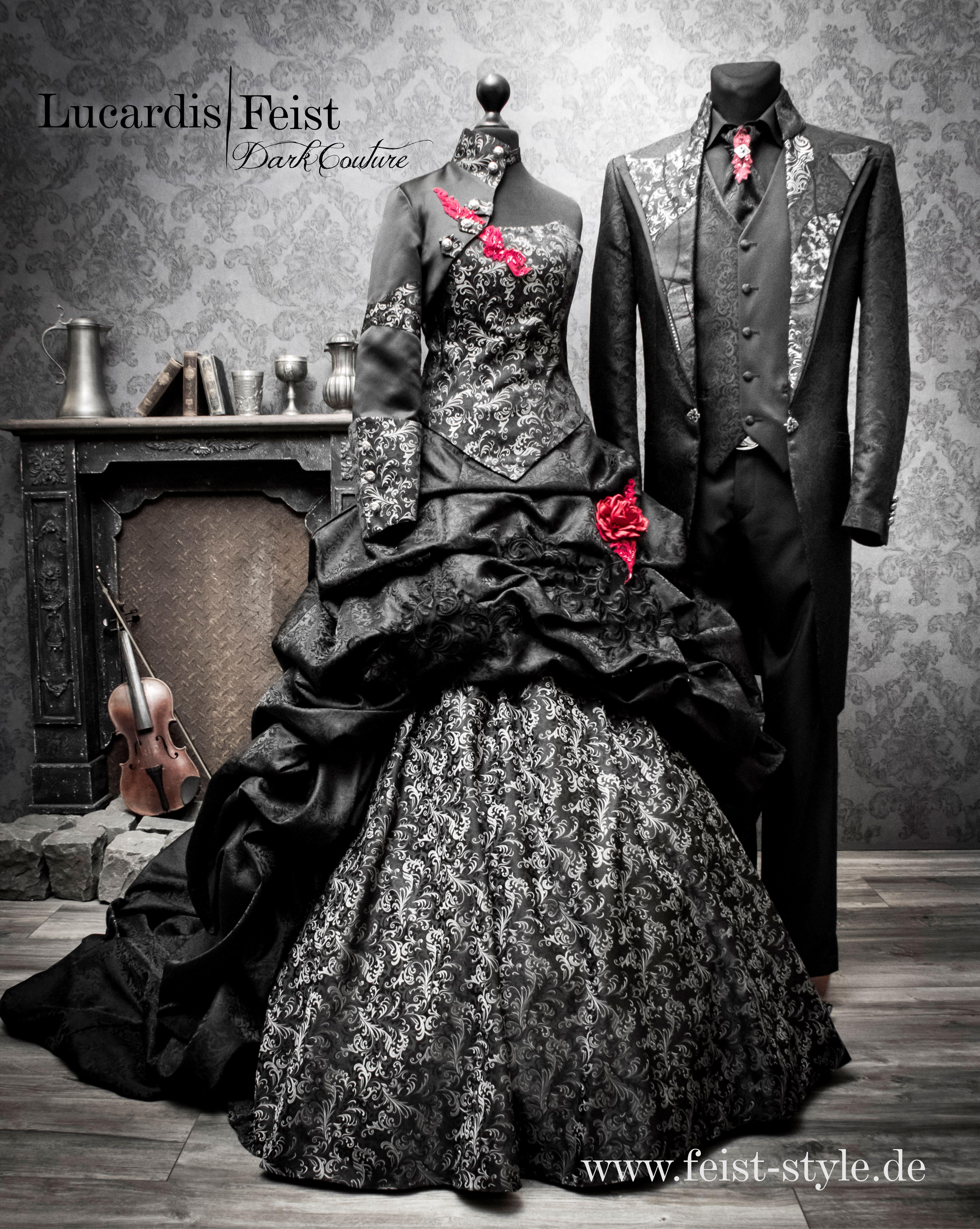 Extraordinary Wedding Couple  Brautkleid, Brautmode, Braut