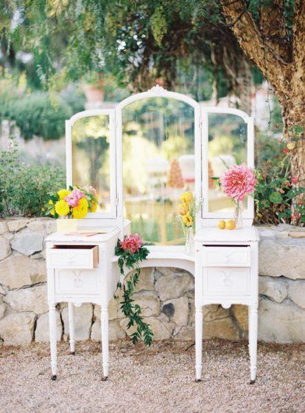 Increíbles ideas para decorar tu boda con espejos: entorno único y especial Image: 24