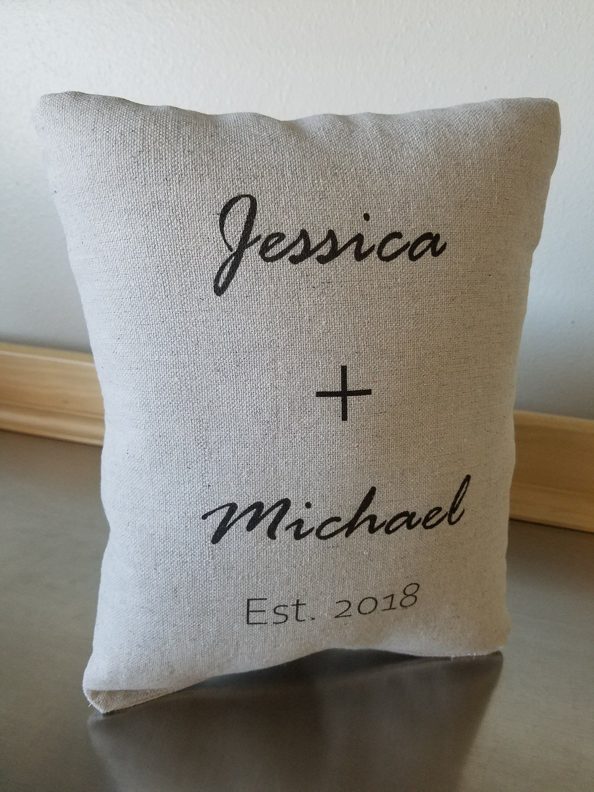 Personalized Couples Gift Pillow Names And Date Cotton 2 Etsy In 2020 Personalized Couple Gifts Year Anniversary Gifts Birthday Gifts For Sister