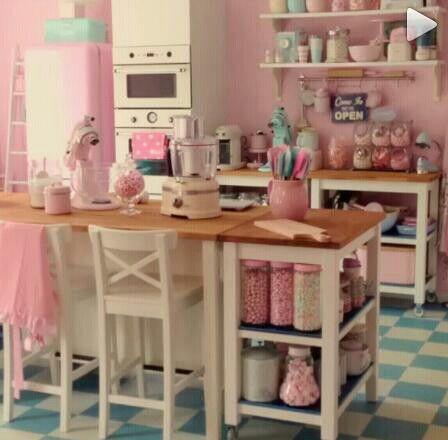 Perfect Kitchen!!! (mit Bildern) Rosa küchen, Vintage