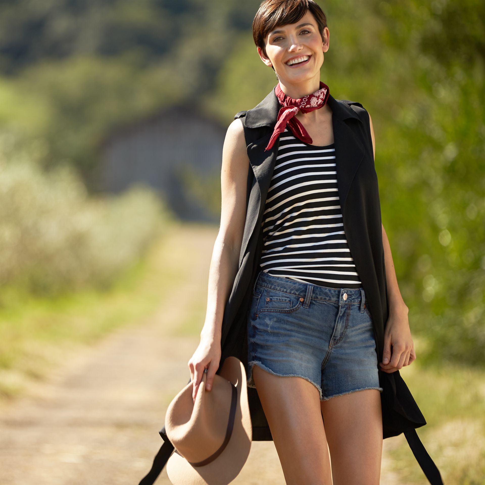 Go to great lengths in a duster vest. See 3 ways to wear this summer-ready layer.