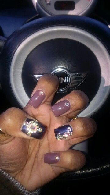 Erika's nails by Helen.