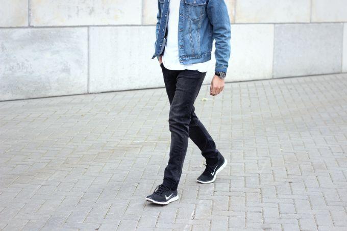 Men Nike Flyknit free style denim jacket | Aarón