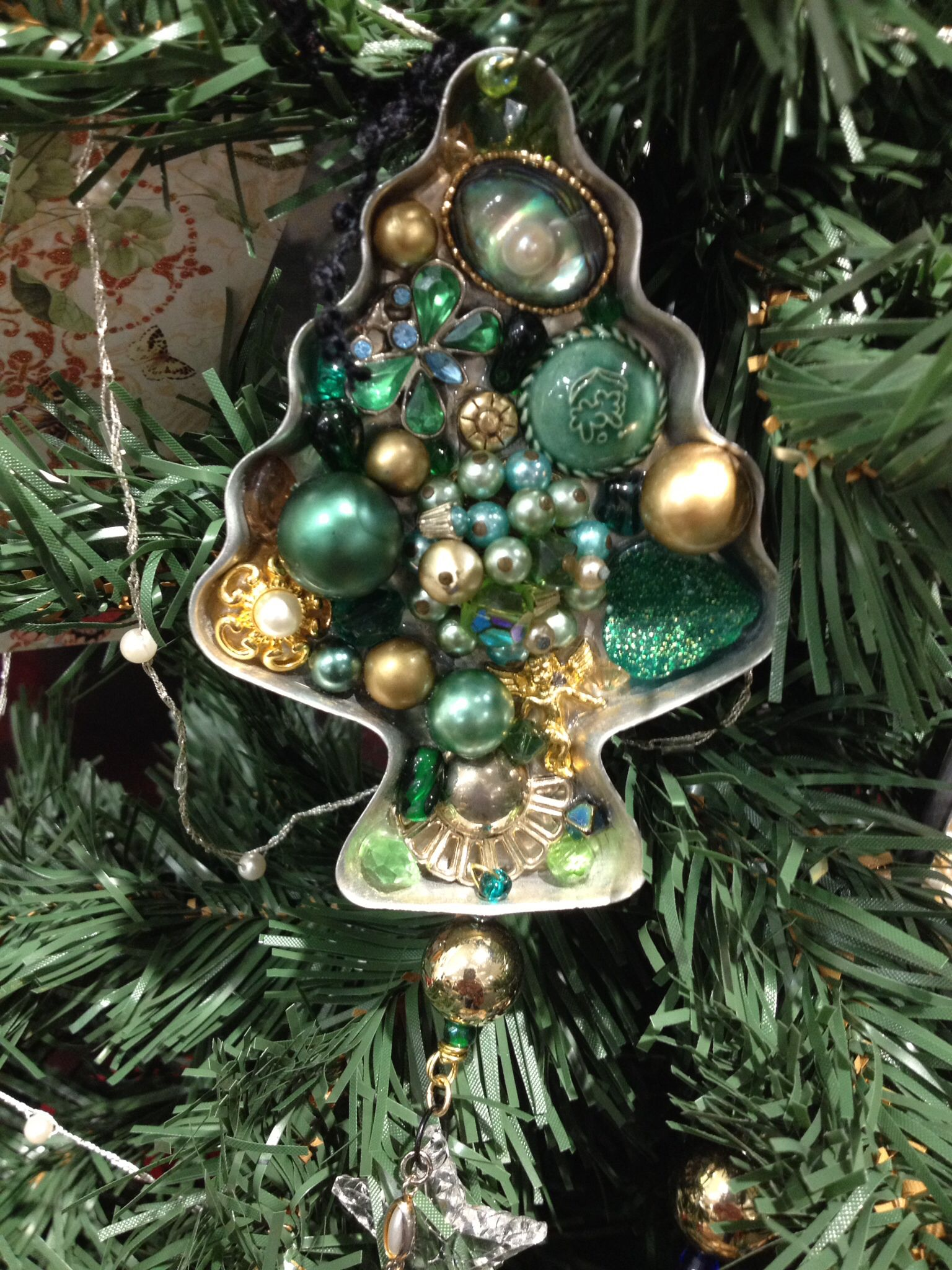 Repurposed Cookie Cutter Christmas Ornament Made By Vagabond Venus Christmas Ornaments Christmas Crafts Christmas Diy
