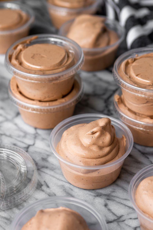 5-Ingredient Basic Chocolate Pudding Shots (Alcoholic Pudding Shots)