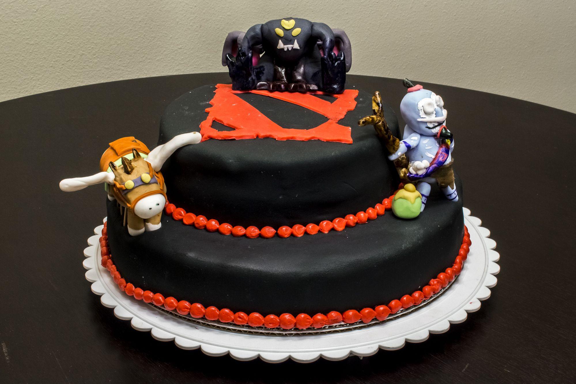 Dota 2 Cake Courrier Food Cake Designs Pinterest Cake Dota 2
