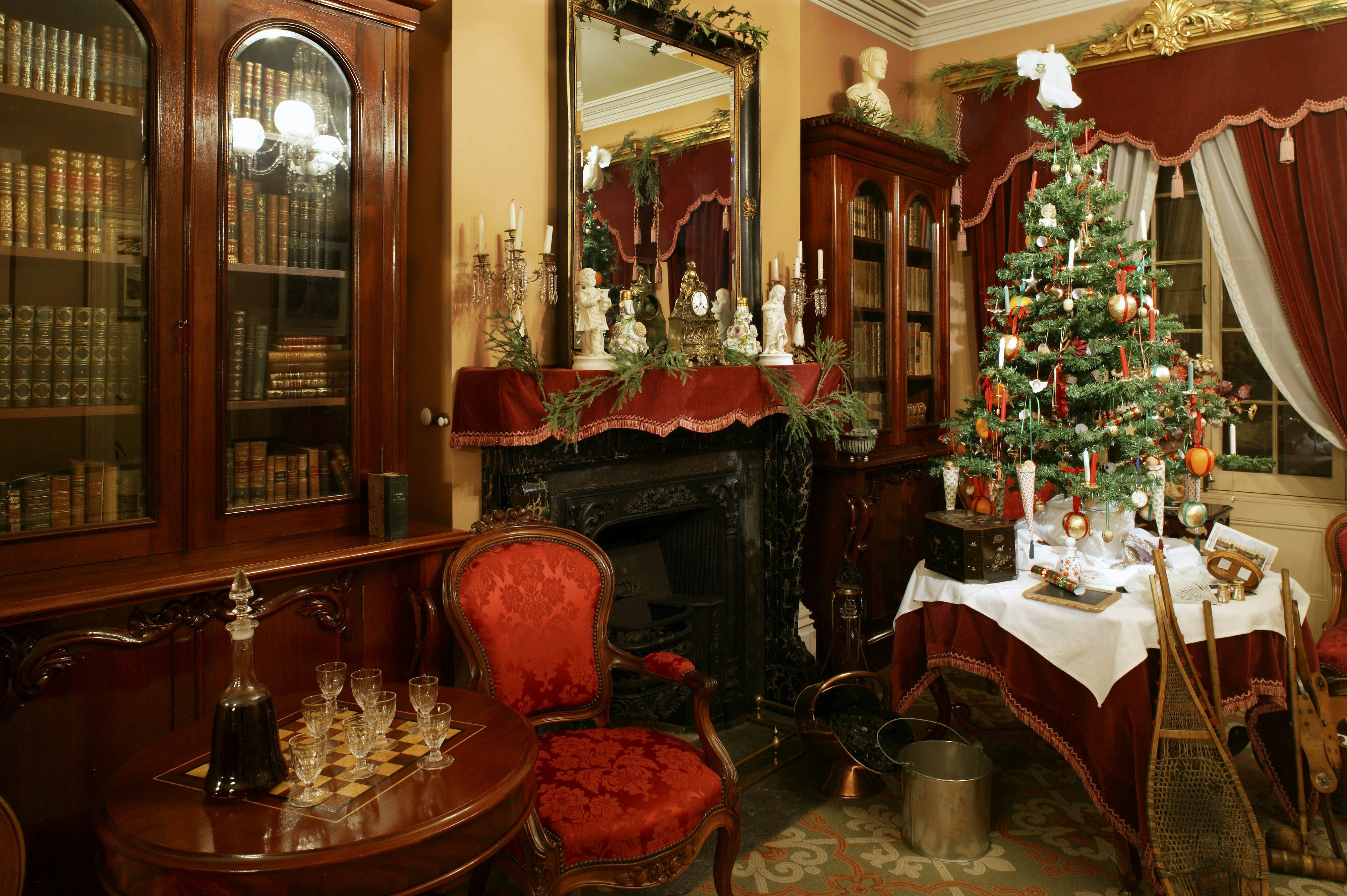 10 Unique Montreal Christmas Events Victorian home decor