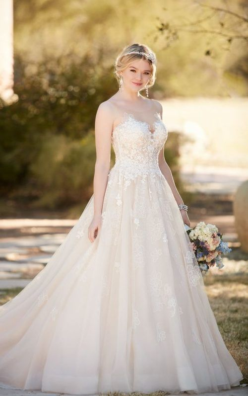 0c5c4246b30 D2126 - This ball gown from Essense of Australia is a bold twist on a  timeless look