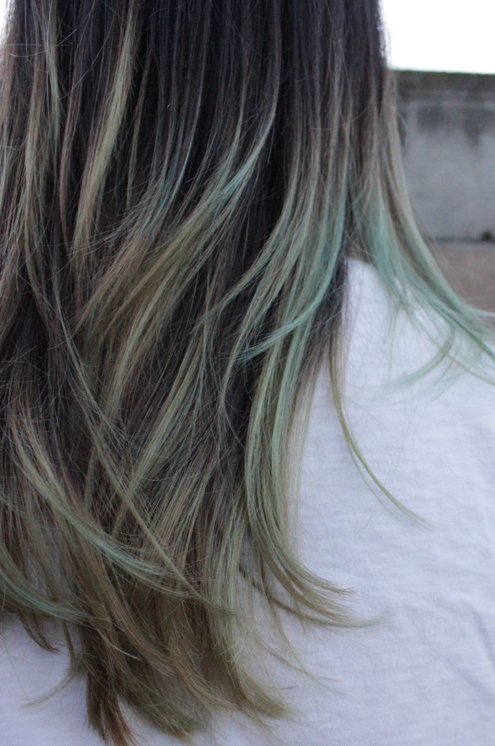 Long hair with strands of green, ombre, hairstyle