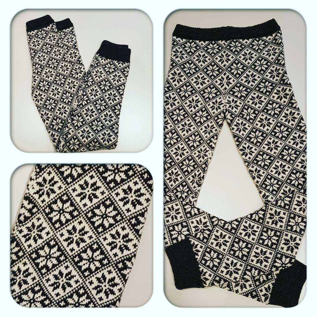 Damebukse ☺ #strikkedilla #strikk #strikking #knit #knitt #knitted #knitting #ullergull #ull #wool #alpaca #alpakka #alta #talvik #norway #garn #yarn #yarnlove #maskinstrikk #strikkemaskin #knittingmachine #machineknit #Dame #bukse #ullbukse #strikkebukse #pants #hobby #håndarbeid