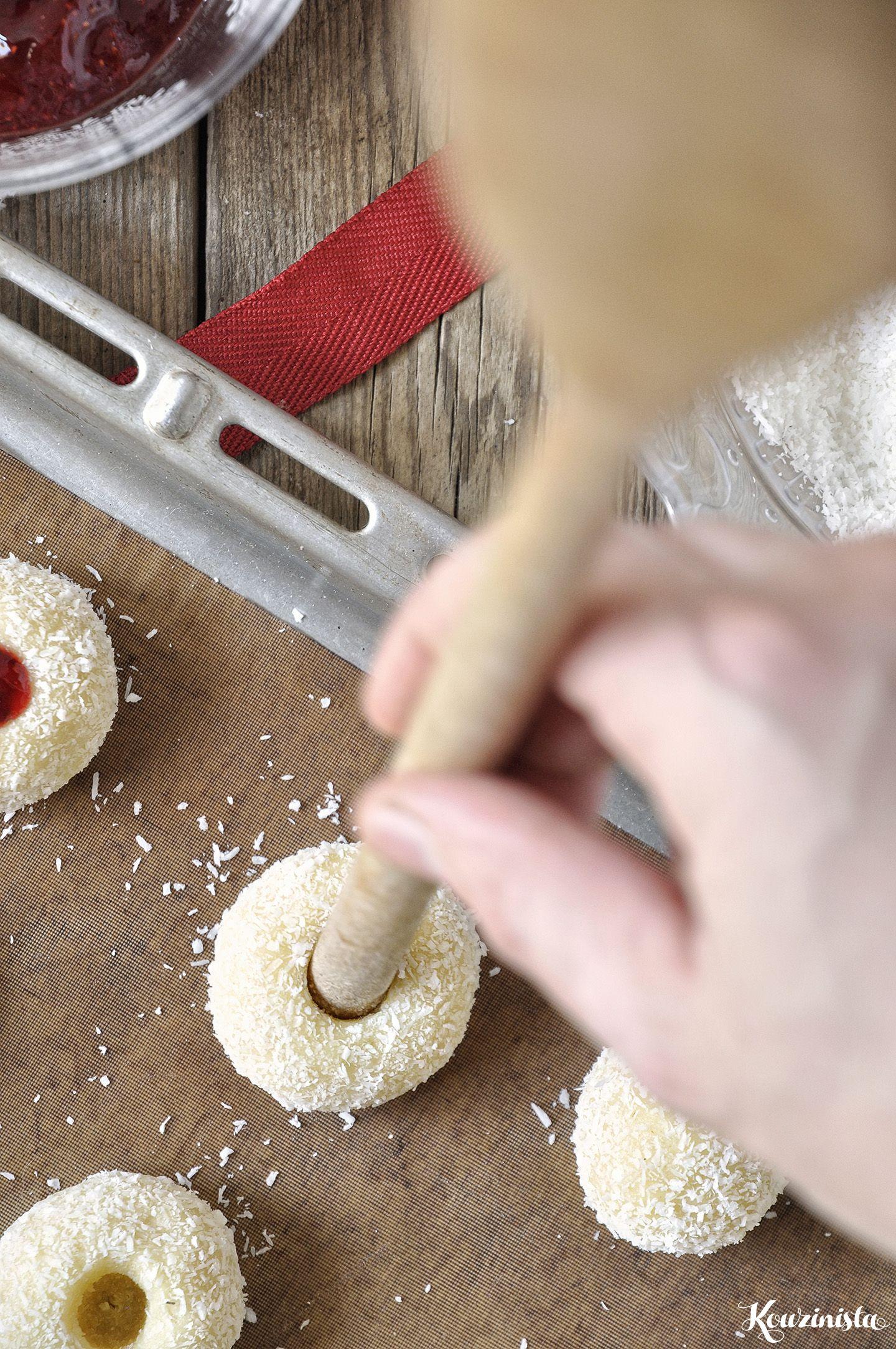 Photo of Ντελικάτα μπισκότα με καρύδα & μαρμελάδα