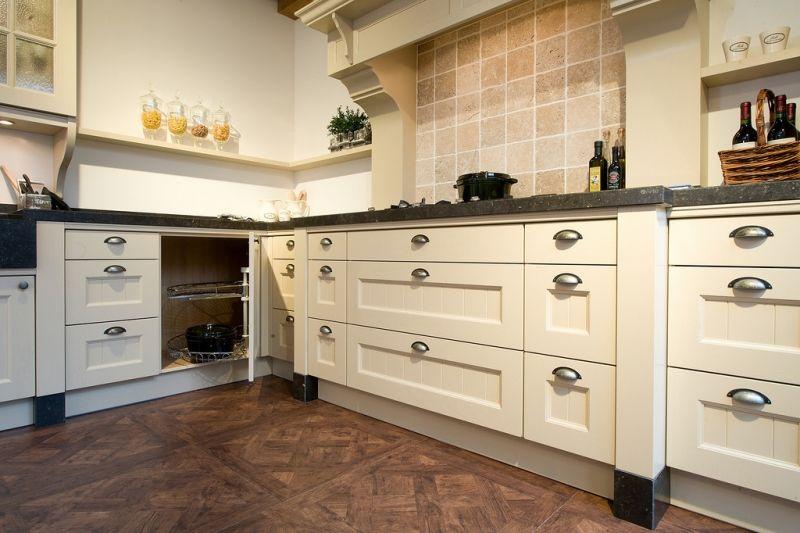 Keuken Tegels Ikea : Ikea keuken ontwerp fornuis met achterwand keukens