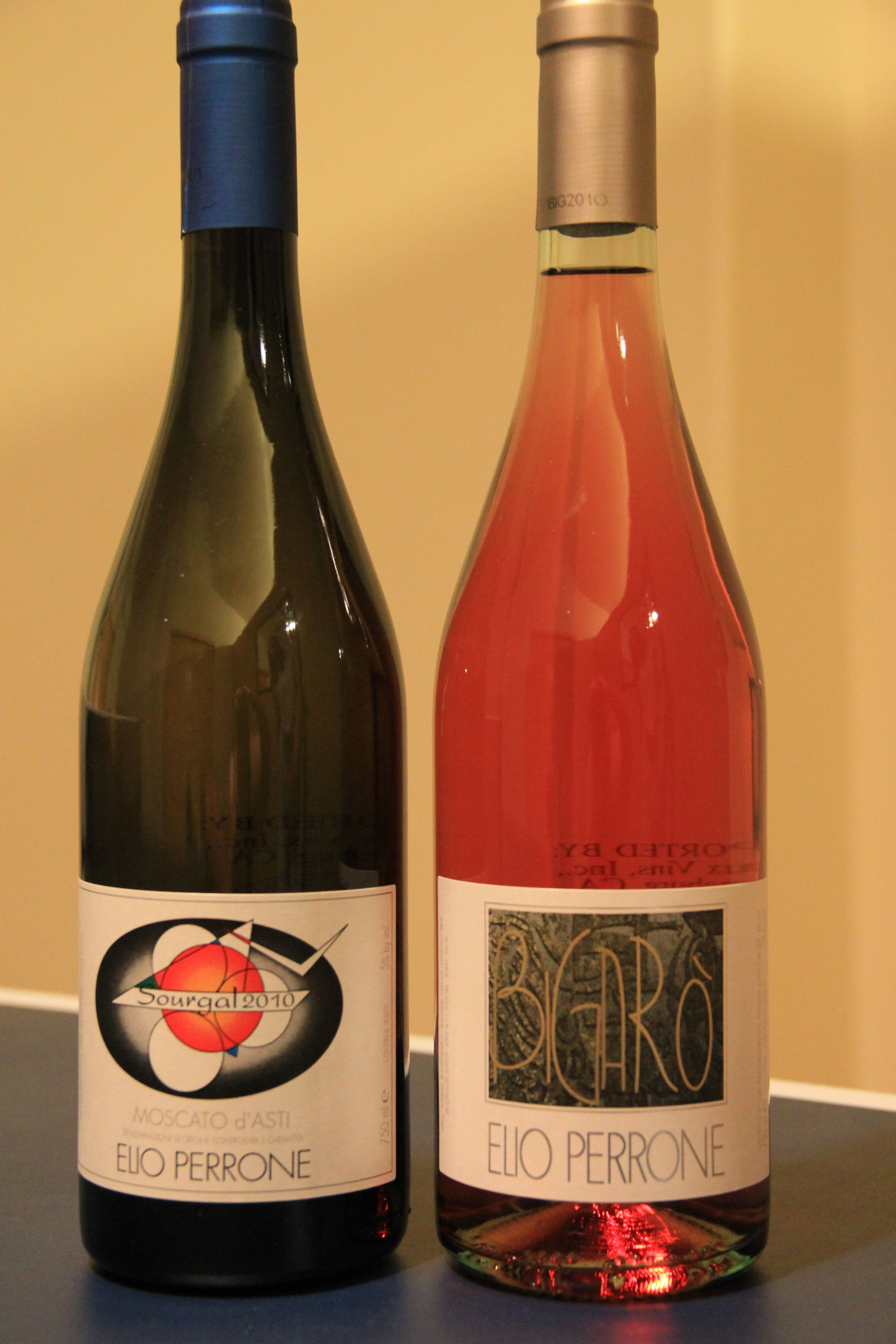 The 2 Best Dessert Wines Wine Desserts Wine Store Fun Desserts