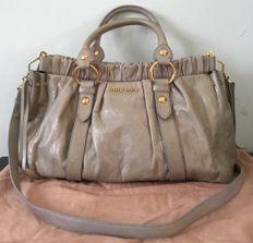72caac16a6d Miu MIu - Vitello Lux Crossbody tas | Bags and clutches in 2019 ...