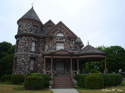 victorian home at 303 State Ave., Alpena, Michigan (1902) #trees #plants #victorianhome