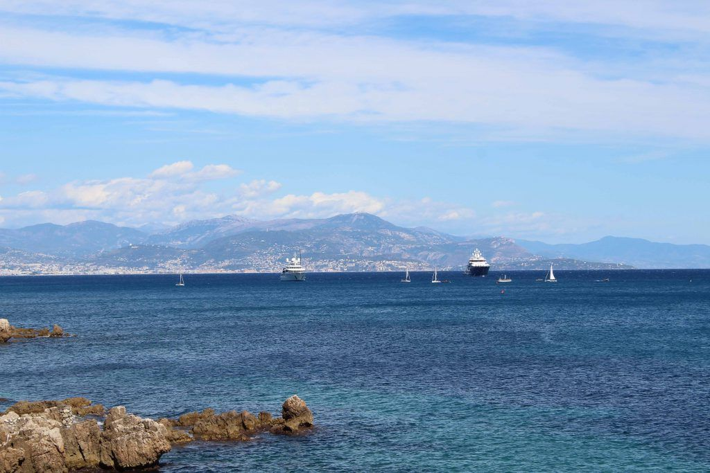 The Mediterranean Sea With A View Of The French Alps French Alps French Riviera Semester Abroad
