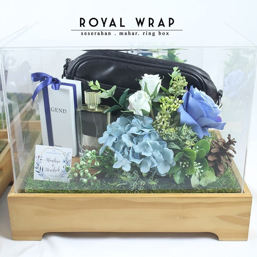 Penyewaan Tray Hias Hantaran Di Instagram Seserahan Atau Hantaran Kami Menggunakan Bunga Bunga In 2020 Wedding Gifts For Groom Wedding Present Ideas Wedding Gifts