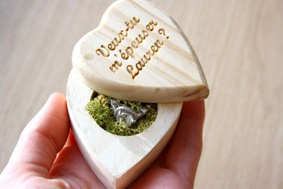 Little heart chest box for your proposal - On Etsy by AurorasPrettyWedding