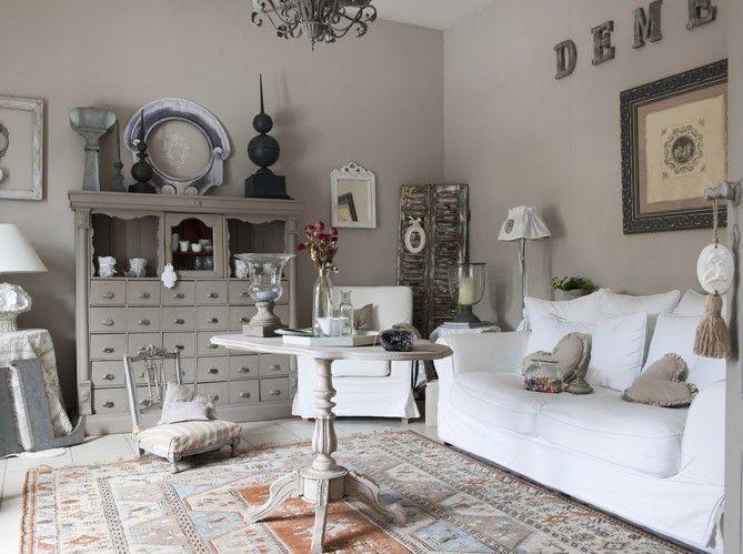 les plus belles deco maison de charme | belle deco salon taupe ...