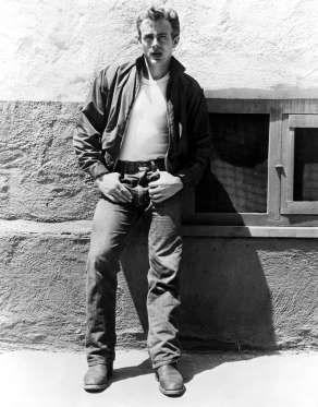 JAMES DEAN 1955 - Everett Collection/Rex Features