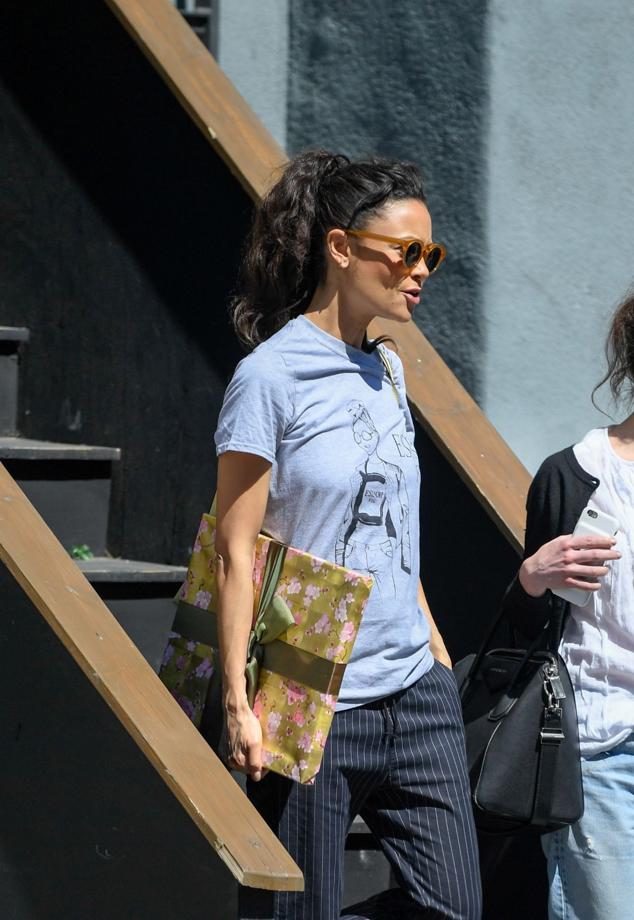 Thandie newton leaves a studio after filming actors on actors in la april 2019