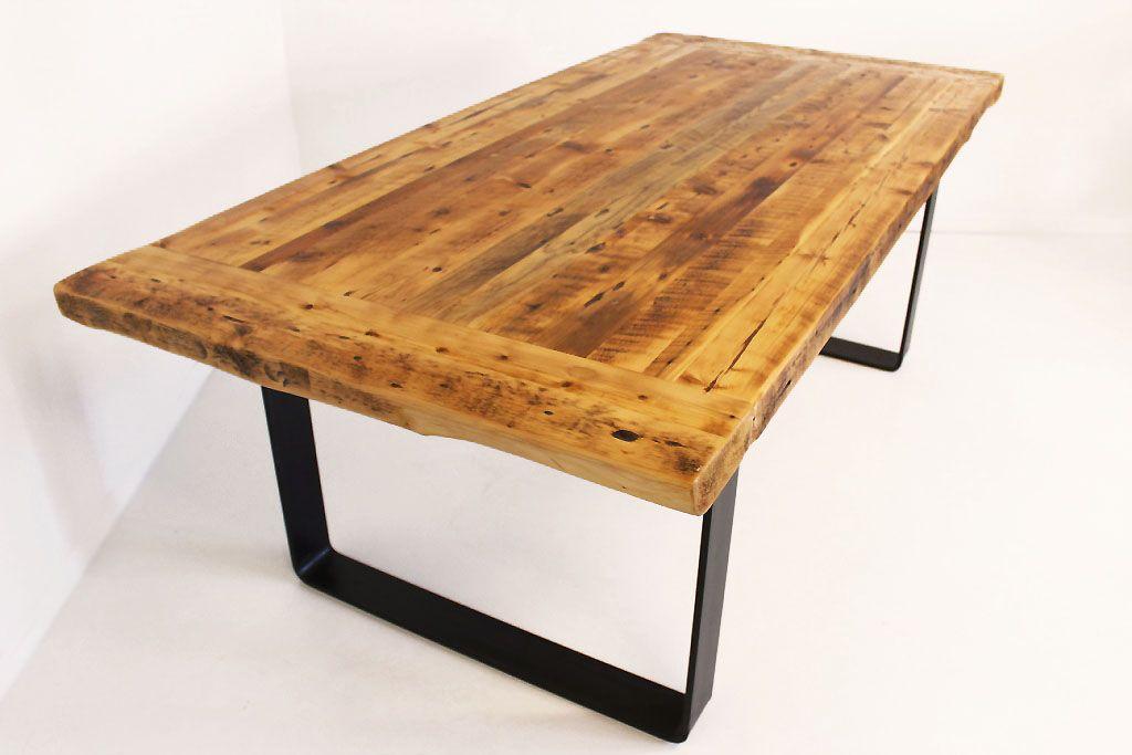 belle table en bois antique bois de grange patte en acier pour un look industriel design et. Black Bedroom Furniture Sets. Home Design Ideas